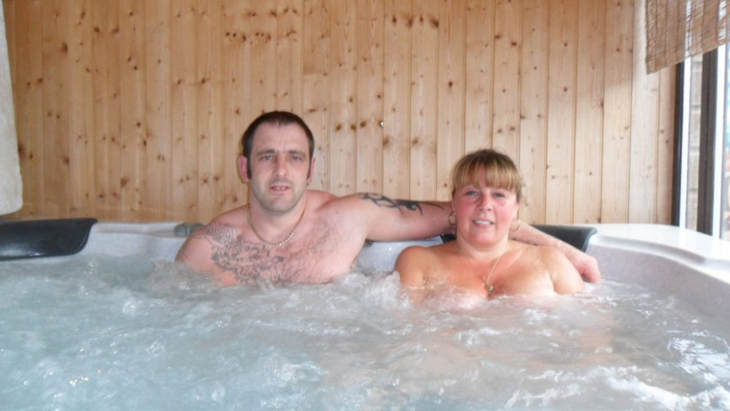 Carbeil Naturist Holiday Park - Jacuzzi